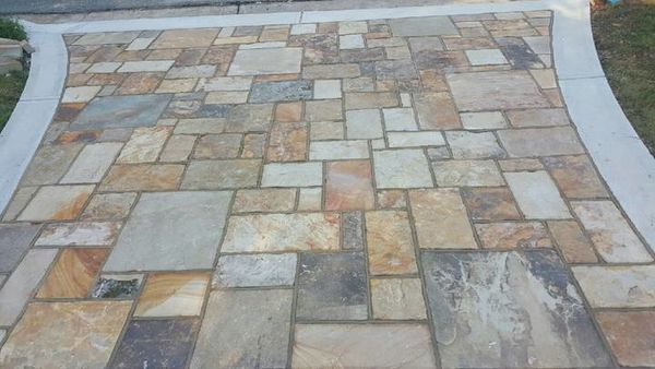 Driveway Apron Using TN Crab Prchard Ashlar with Buff Mortar Joint (1)