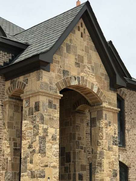Stone Entry in Fieldstone Ashlar with Antique Buff Mortar (1)