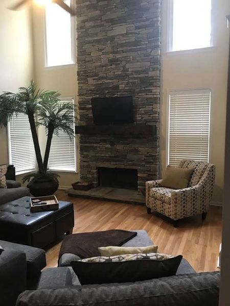 Fireplace in Hamilton Mill, GA with Echo Ridge Southern Ledgestone (1)
