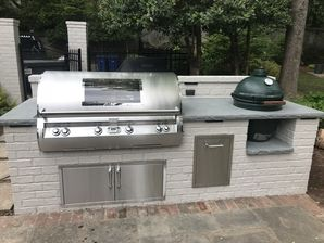 Outdoor Brick Grilling Station with Thermal Bluestone Countertop in Buckhead, Ga (4)
